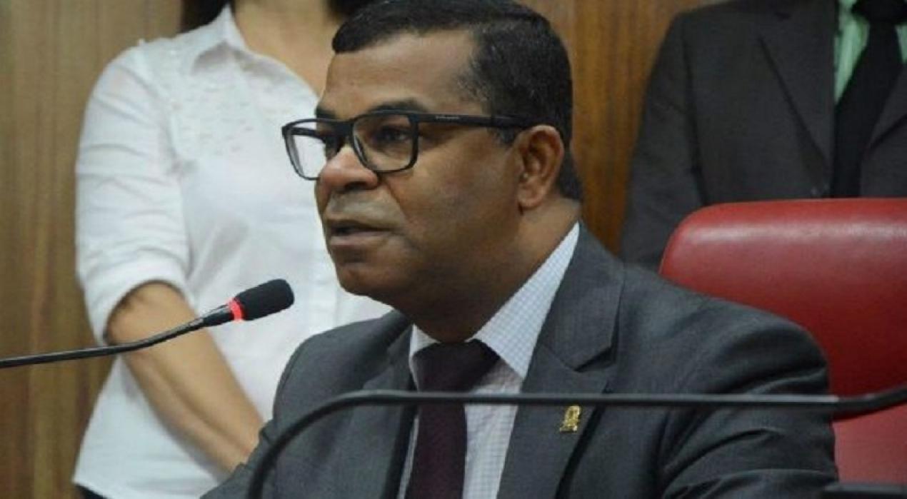 """Fui pego de surpresa"""" revela vereador Bispo José Luiz sobre indicação do  PRB para disputar vaga federal - PB AGORA"""